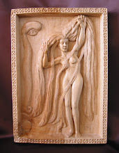 Photo: Mujer de largos cabellos. Tamaño: 27 x 39 cm. Talla en madera. Woodcarving.    Para leer algo más en relación con esta obra ir al blog: http://tallaenmadera-woodcarving-esculturas.blogspot.com/2009/08/mujer-de-largos-cabellos.html