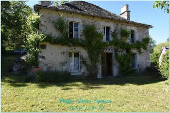 maison à Saint-Etienne-de-Chomeil (15)