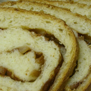 Swirled Cinnamon-Apple Bread