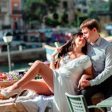 Wedding photographer Irina Kosmacheva (IrikaLux). Photo of 02.05.2014
