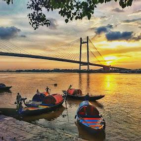 by Soumyadip Ghosh - Transportation Boats