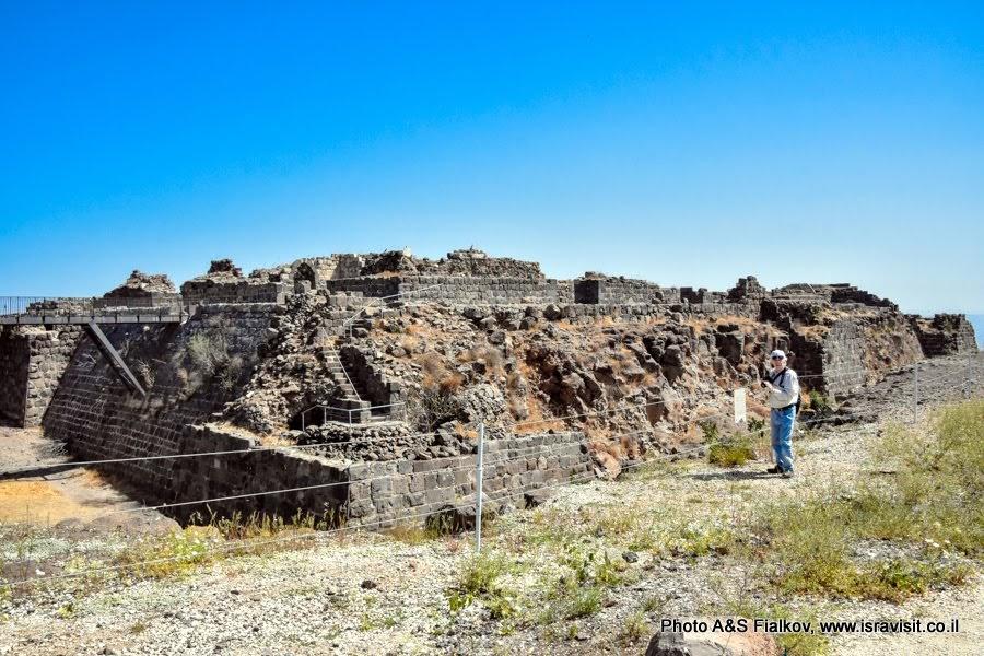 Руины крепости крестоносцев ордена госпитальеров Бельвуар, Кохав Ха-Ярден. Экскурсия в Израиле.
