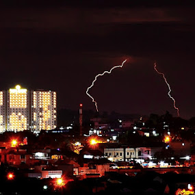 Breaking the storms by Rizki Mayendra - City,  Street & Park  Skylines ( bulb, buildings, night, long exposure, city )