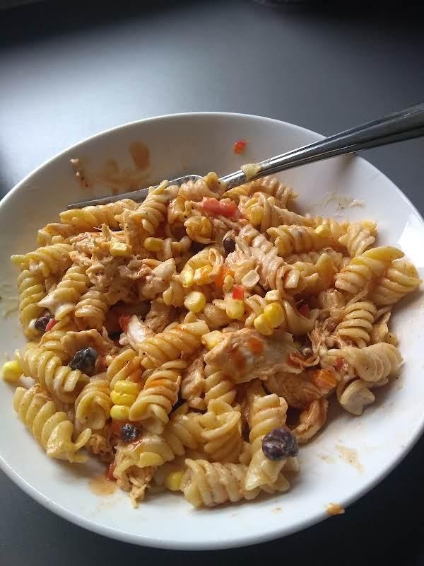 Chipotle Chicken Pasta Salad_image