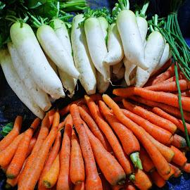 Labu Wortel by Mulawardi Sutanto - Food & Drink Fruits & Vegetables ( market, carot, sayur, pasar, travel, vegetable, bandung )