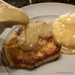 30 Minute Fried Pork Chops with Gravy