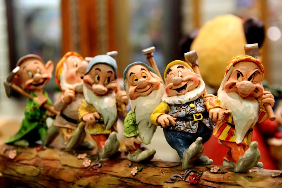 7 dwarfs by Rasika Chaudhary - Artistic Objects Toys ( games, toy, show pieces, toys, objects )