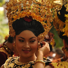 The inner beauty.. by I Wayan Gunayasa - People Portraits of Women