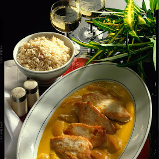 Chicken breasts with Coconut and Apricot Curry and Brown Rice