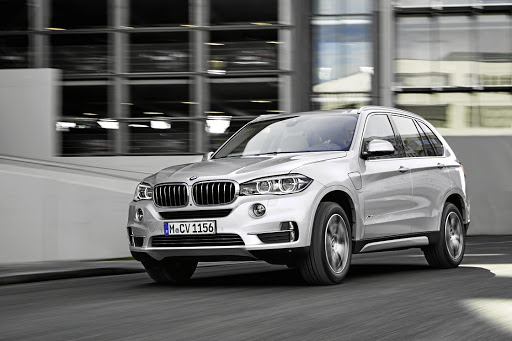 The current BMW X5 will be replaced in 2018 by a new model on the company's Clar platform.
