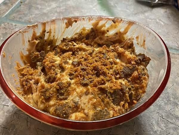 This Butterfinger Cheese Ball Recipe Is So Yummy! More Like A Dip, But Delicious!!