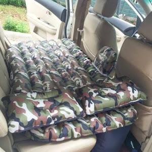Saltea auto gonflabila, 2 perne incluse, bancheta masina, Camuflaj Verde