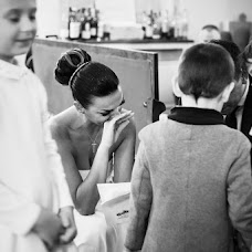 Wedding photographer Sebastian Tiba (idea51). Photo of 14.02.2018