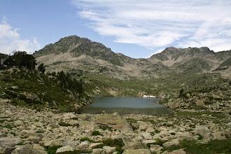 Photo: Néouvielle:  estany Supérier d'Estibère amb els pics d'Aumar i d'Estibère