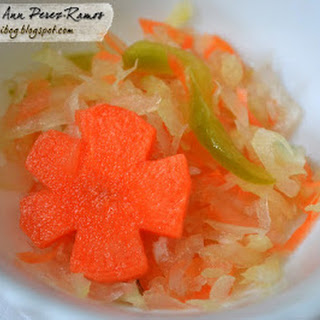 Atsara / Atchara (Pickled Green Papaya)
