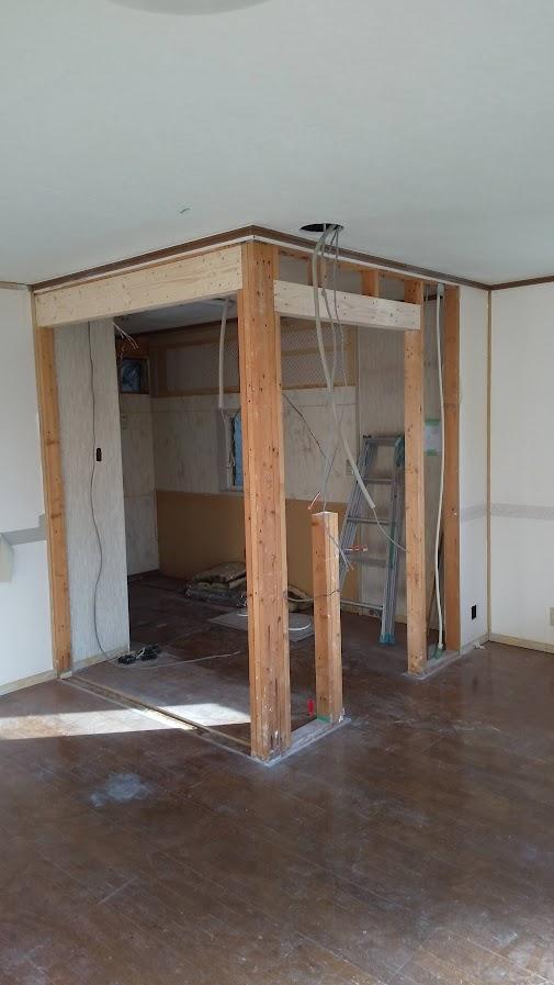 キッチンの柱を撤去しました