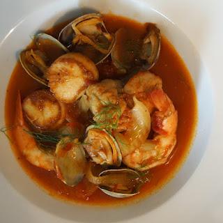Zuppa di Pesce (Italian Fish & Seafood Stew)