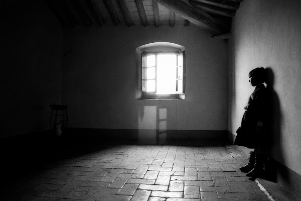 Chiusa in una malinconica Solitudine