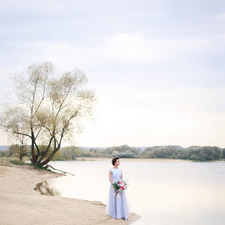Wedding photographer Aleksandr Mezozoy (Mezozoysa). Photo of 01.06.2017