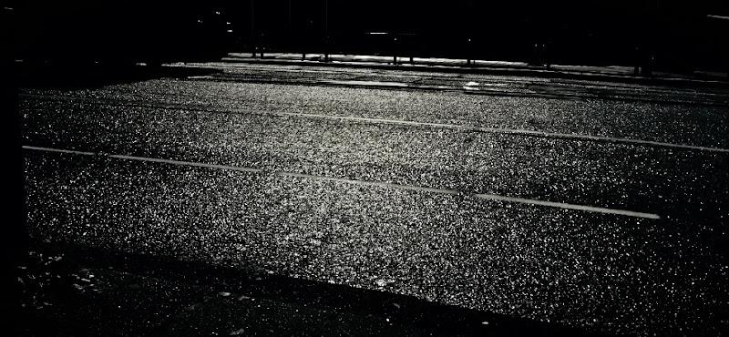 Riflesso di luna in strada di Zafs_77