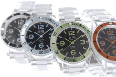硬くて透明な時計「SPI/ジュエルクリアー」
