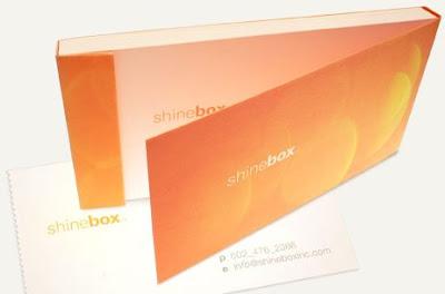 ピリピリ破れるオシャレな名刺が作れるサービス「Shinebox Print」