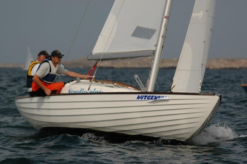 bild: Folkbåt med alumast