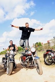 moteros en la habana, havana bikes