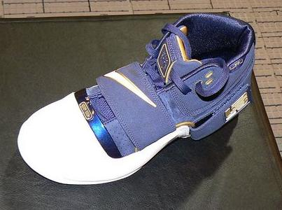 Nike Zoom Soldier First LIVE Photos