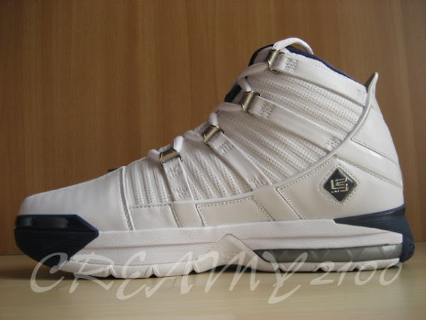 Nike Zoom LeBron III whitenavy sample