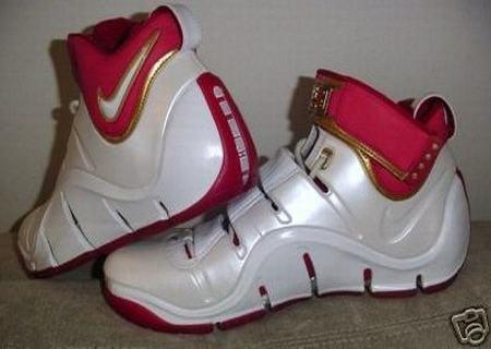 Nike Zoom LeBron IV WhiteCrimsonGold PE