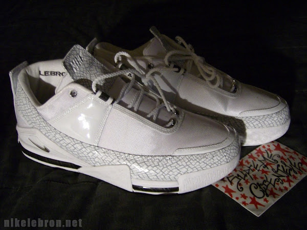 hot sale online 50d39 f3491 ... Nike Zoom LeBron II Low Player Exclusives ...