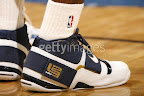 lbj soldier wht nav0 3 LeBrons 2007 Playoffs Sneakers   Zoom Soldier PEs
