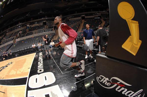 2007 NBA Finals photo recap practice on 66