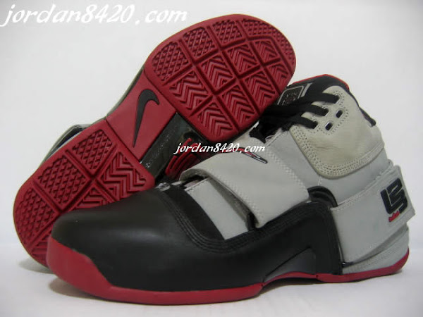 New Live pics of the Nike Zoom Soldier