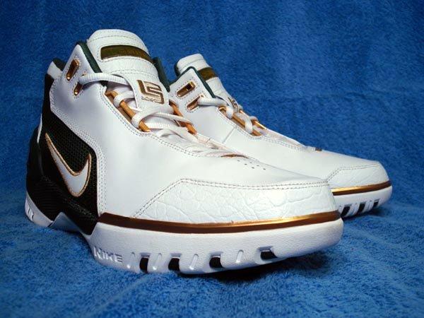 Nike Air Zoom Generation SVSM PE