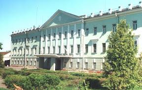 Заводоуправління порохового заводу (колишній офіцерський клуб)