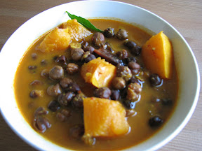 Spicy pumpkin with channa.