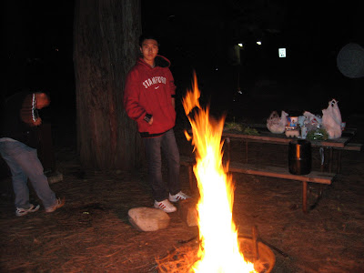 烧起篝火来啦