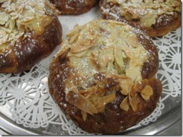 almond cream croissant detail
