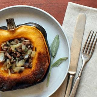 Roasted Acorn Squash Stuffed with Mushroom and Sage – Veggie Dish Recipe