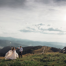 Wedding photographer Roman Vendz (Vendz). Photo of 15.08.2018