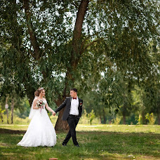 Wedding photographer Maksim Mironov (makc056). Photo of 25.08.2018