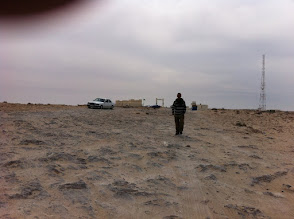 Photo: No mans land, between Morocco and Mauritania