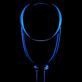 JUST A TRICK OF THE LIGHT by Russell Mander - Abstract Light Painting ( black & blue, glass, blue glass, rim light )