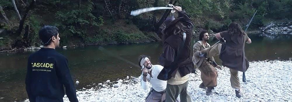 Réglage des cascades physiques et duels d'escrime pour le film : Le Pacte Pirate. Régleur de cascades et chorégraphe de combat : Alexis DIENNA. Escrime Cascade : https://www.escrimecascade.com/