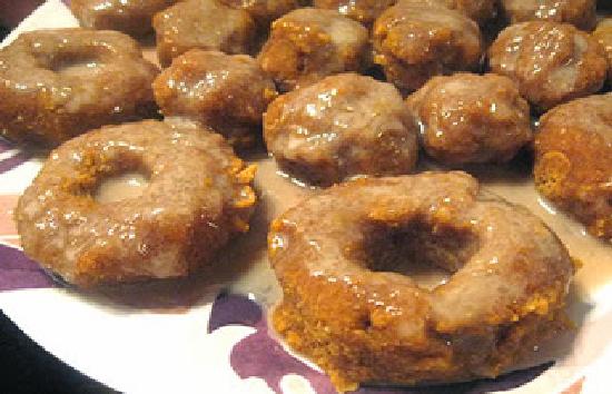 Apple Cider Pumpkin Donuts