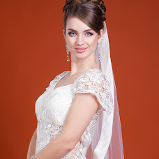 Wedding photographer Marina Belova (BellaPhoto). Photo of 31.10.2014