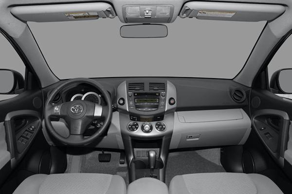 cabin-of-Toyota-rav4-2008