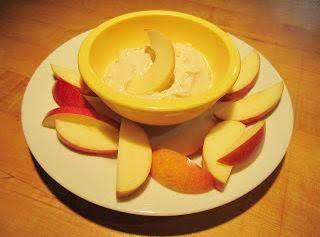 Creamy Peanut Butter Fruit Dip Recipe